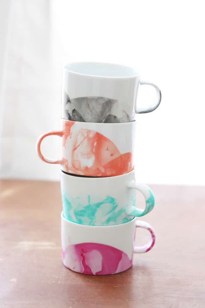 50 Crafts To Make and Sell - Easy DIY Ideas for Cheap Things To Sell on Etsy, Online and for Craft Fairs. Make Money with These Homemade Crafts for Teens, Kids, Christmas, Summer, Mother's Day Gifts. | DIY Marbled Mugs With Nail Polish #crafts #diy
